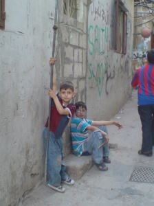 Children in Bourj al-Barajneh refugee camp (Beirut)