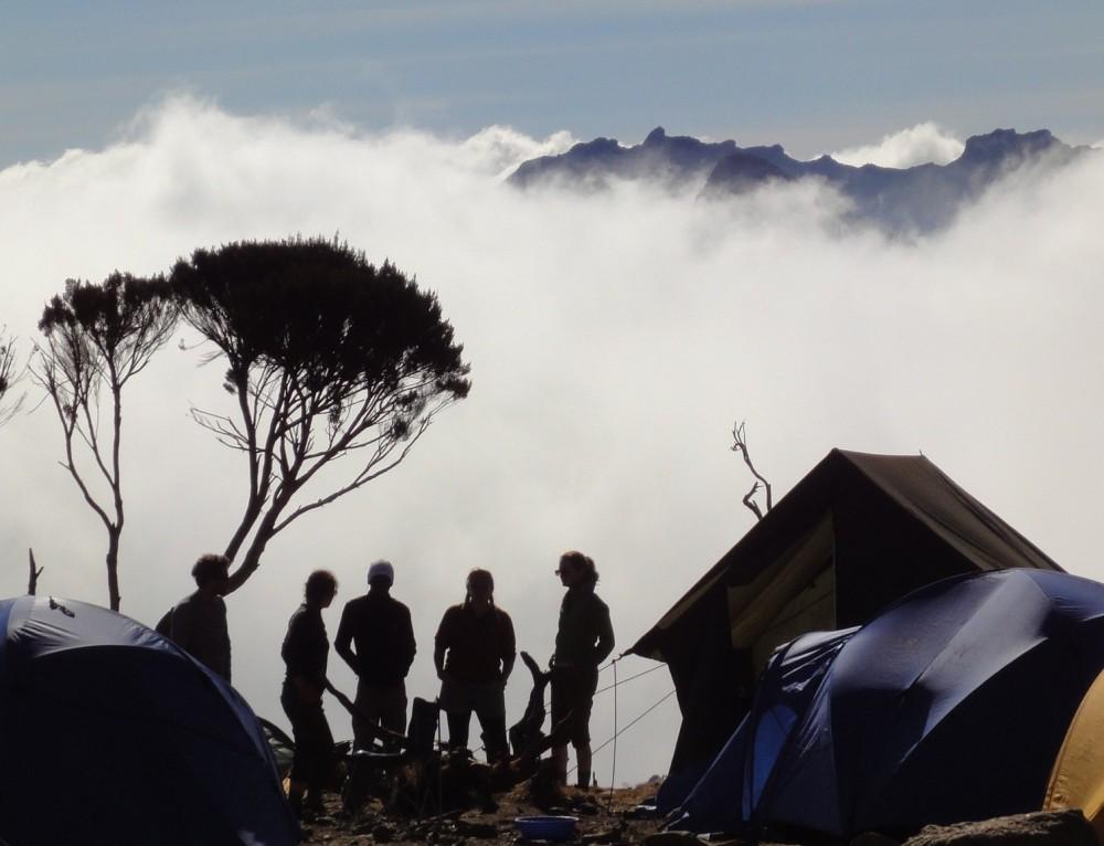 Climbing Kilimanjaro (4/6)